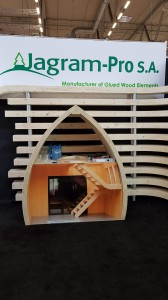 Dach und Holz International